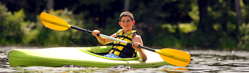 header-boy-kayak