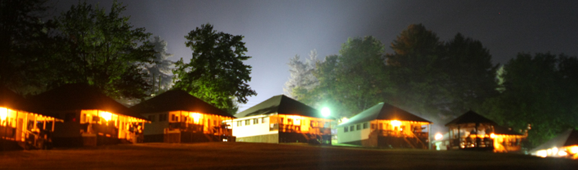 header-cabins-at-night